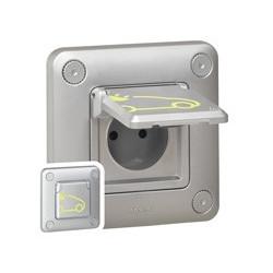 Prise Green'up Access - 3,2 kVA - mode 2 - IP55 - IK10 - fixation encastré - LEGRAND
