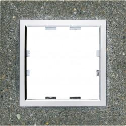 Kallysta épure plaque 3 postes verticale entraxe 71 Béton (WK859) - HAGER