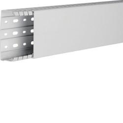 Goulotte de câblage sans halogène en PC-ABS beha-set l 100mm x p 40mm gris clair (HA740100) - HAGER
