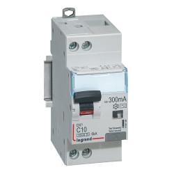 Disjoncteur différentiel DX4500 arrivée haute et départ bas à vis U+N 230V~ 10A typeAC 300mA courbe C 2 modules (410724) - LEGRAND