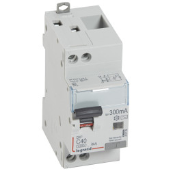 Disjoncteur différentiel DX4500 arrivée haute et départ bas à vis U+N 230V~ 40A typeAC 300mA courbe C 2 modules (410729) - LEGRAND