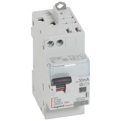 Disjoncteur différentiel monobloc DX6000 10kA arrivée haute vis départ haut automatique U+N 230V~ 32A typeAC 30mA (410808) - LEGRAND
